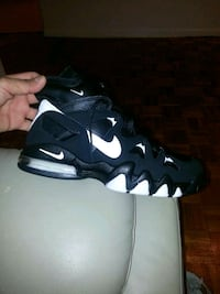 pair of black-and-white Nike basketball shoes Bronx, 10458