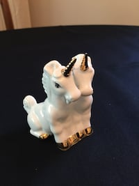 Pair of joined Bone China Unicorns Markham, L3T