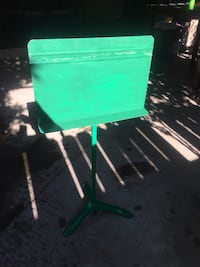 Music Stand  Bakersfield, 93309