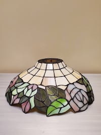 LARGE TIFFANY-STYLE STAINED-GLASS LAMP SHADE - firm price. Arlington, 22204