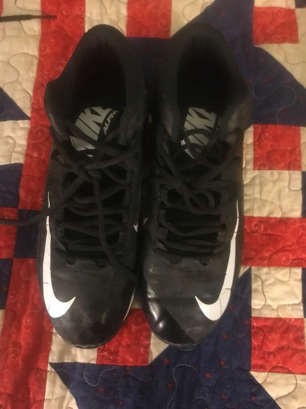 01562277185 Used pair of black-and-white Nike basketball shoes for sale in Gillette -  letgo