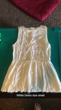 White Dress size small  Lubbock, 79414