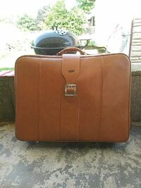 Hurcules Plether Suitcase like new 465 mi