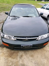 Nissan - Maxima - 1998 Parting out Martinsburg