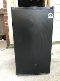 Igloo Black Mini Fridge