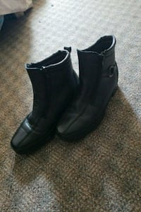 pair of black leather boots Burnaby, V3N 3B8