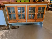 Blue and wood hutch 308 mi