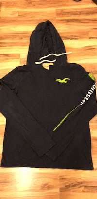 black and yellow Under Armour pullover hoodie Gaithersburg, 20877