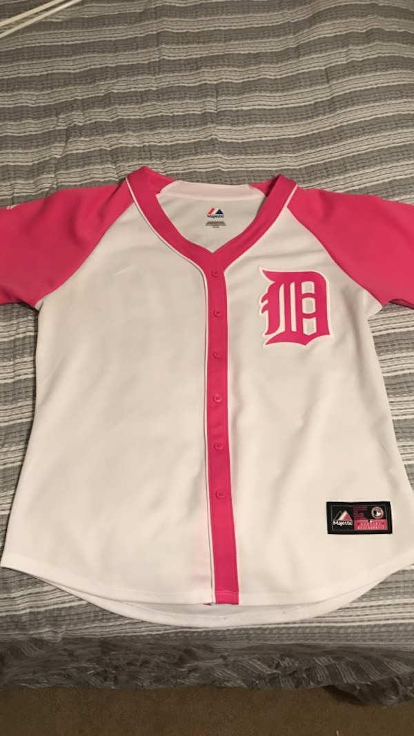 ae240fa5dd5 Used White and pink women's Detroit baseball jersey brand new for sale in  Bunnell - letgo
