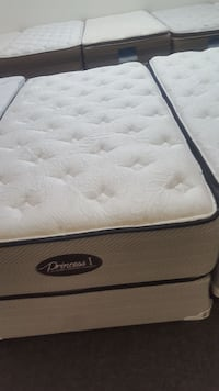 white and black quilted mattress Houston, 77040