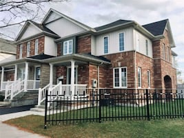 4 BEDROOM/ 3 BATHROOM (VALLEY FARM/KINGSTON)