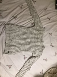 American Eagle Sweater Size XS Vaughan, L6A