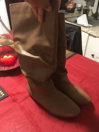 pair of brown leather knee-high boots East Providence, 02916