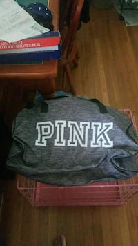 PINK BRAND NEW duffle bag and water bottle Johnson City, 37604