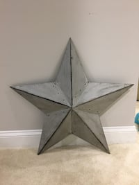 Metal silver wall star Reston, 20191