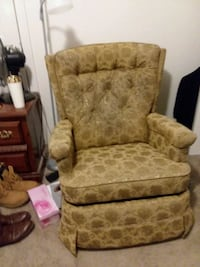 brown and beige floral sofa chair Fort Worth, 76115