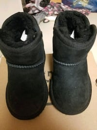 Toddler Girl 7c Ugg Boots