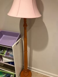 brown wood-based pink floor lamp Montgomery Village, 20886