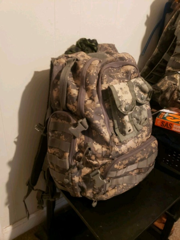 d3a015b7bc01 Used Tactical digital camo B.O.B/camping/hunting bag for sale in Winder -  letgo