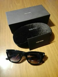 occhiali da sole Snowdon di Tom Ford