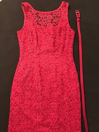 Beautiful red lace sheath dress size 2P from White House Black Market Hialeah, 33014