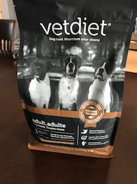 Vetdiet dog food sack Montréal