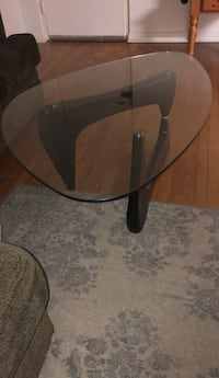 black glass top table with black metal base Alexandria, 22301