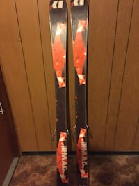 Armada skis. 162 cm. 2Urs old with 30 days on them. Some minor top side scratches but base is solid 3127 km
