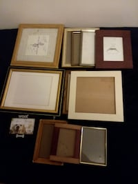 Lot of picture frames.  Baldwinsville, 13027