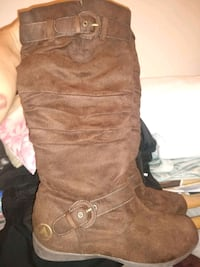 Size 9 Womens Air Walks suede Boots Sioux Falls, 57104