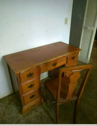 Computer desk and chair  Palm Coast, 32164