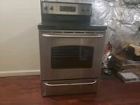 GE Stainless Steel Stove- needs to go this weekend Pikesville, 21208
