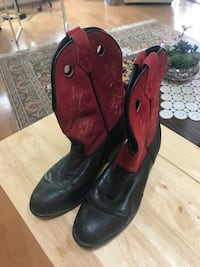Leather child boots- size 5 Germantown, 20874