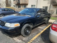 2005 Ford Crown Victoria Commercial Police Package (Fleet) St. Charles