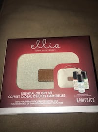 New in box essentials oils gift set
