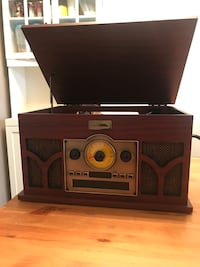 6 in 1 Record Player Maple Ridge, V2X 9H2