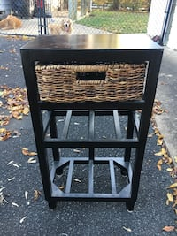 Cute Side Table Great Falls, 22066