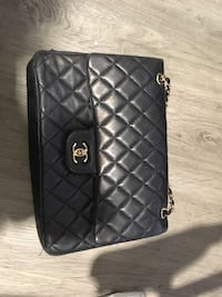 CHANEL: pre-owned vintage classic double flap bag quilted  Vancouver, V6B 0J9