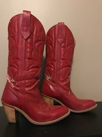 Hot! Real genuine leather, red boots! Size 7