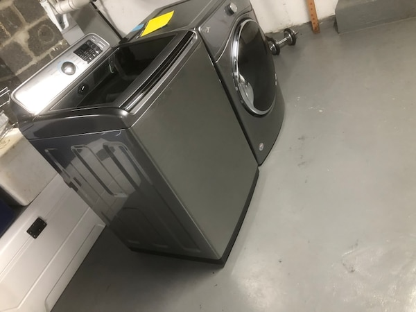 electric washer and dryer 62f6cdd7-17b9-493b-8bbe-102918bf452b