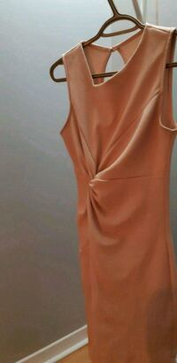 women's orange sleeveless dress Laval, H7R 4T7