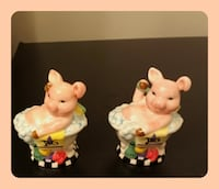 Vintage pig salt and pepper shakers made in Japan