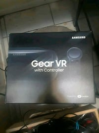 Samsung Gear VR with controller box Bakersfield, 93305