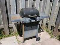 black and gray 2-burner gas grill  Niagara Falls, L2E 5J8