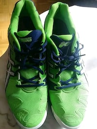 green-and-black asics running shoes size 15 Cornwall, K6J 2R7