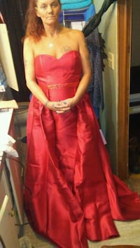 Size 14 Red prom dress Austin, 72007