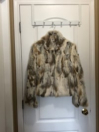Beautiful jacket and some authentic fur Edmonton, T5T 6B1