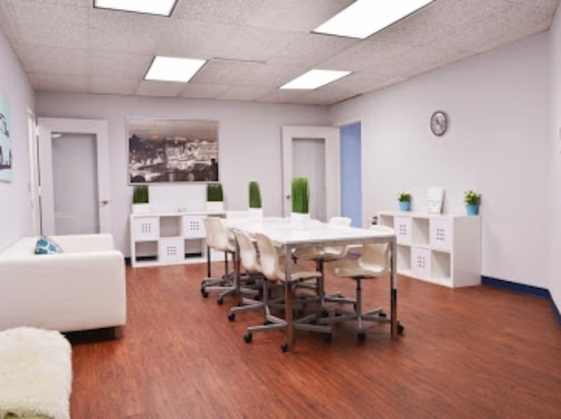 Offices For rent!! Office spaces only for rent!!! 1 month free specials!! $499 37cc677b-9a6e-4b4e-b8dd-480f767c5f63