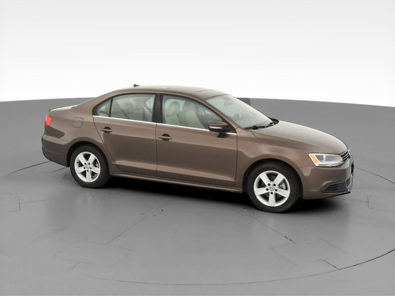 2013 VW Volkswagen Jetta sedan 2.0L TDI Sedan 4D Brown  b188dd73-b6cb-41e3-821b-8fd7743423a6