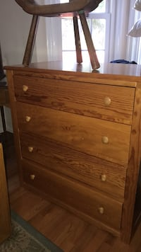 A pair(2) of wood dressers